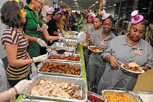Female Rikers inmates get a taste of Thanksgiving - NY ...