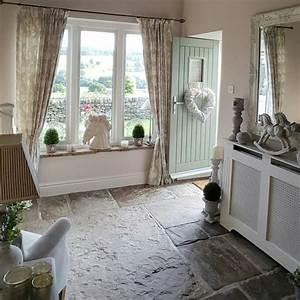 Country Style Wohnen : hallway modern country style stone floor kitchens pinterest flure landh user und wohnen ~ Sanjose-hotels-ca.com Haus und Dekorationen