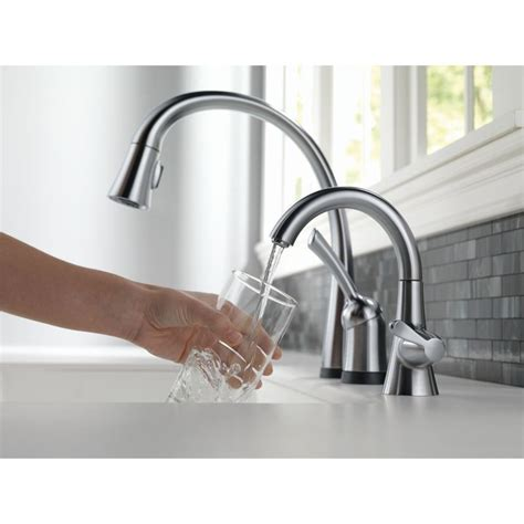 Delta 980T DST Single Handle Pull Down Kitchen Faucet with