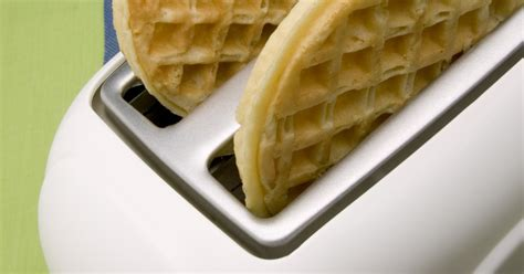 Waffles In The Toaster - how to cook frozen waffles in the toaster ehow uk
