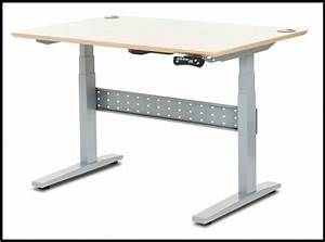 Geekdesk Adjustable Height Stand Up Desk Review
