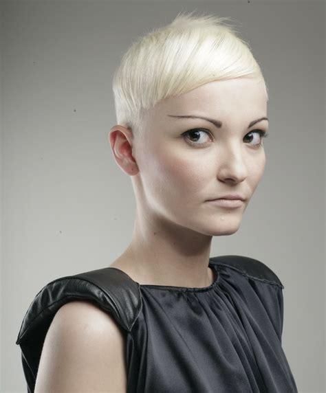 short haircut   strong sculpted shape   white