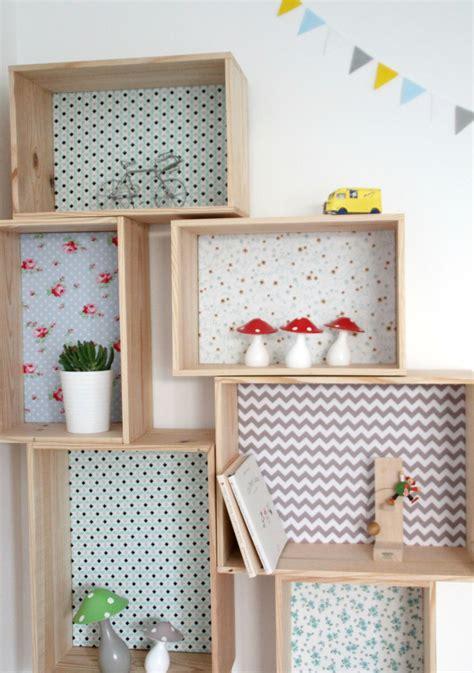 diy rangement chambre etagère caisse décorative en bois et tissu emilie l