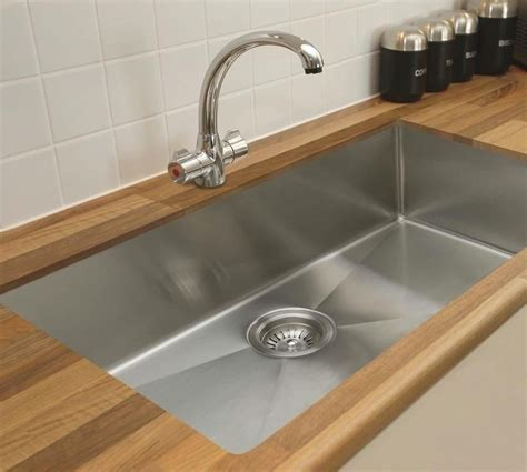 Tips In Selecting The Large Kitchen Sinks ? The Homy Design