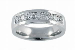 Gold diamond wedding rings for men hd mens white gold for Mens diamond wedding rings white gold