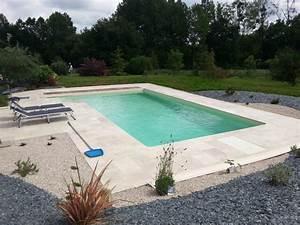 entourage piscine en travertin terrasses pierres With plage piscine pierre naturelle 1 piscine en pierre naturelle travertin gris carrelage et