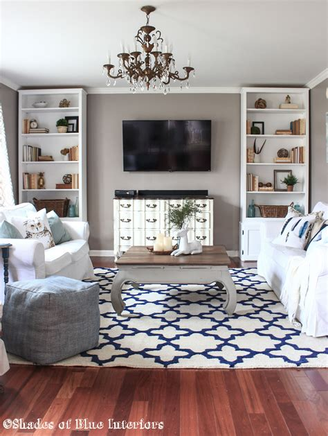 living room rug shades  blue interiors