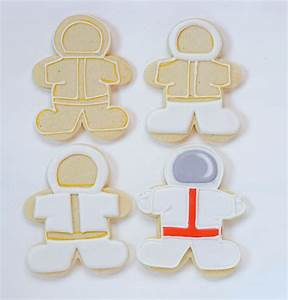 Outer Space Cookies | The Bearfoot Baker