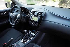 Nissan Pulsar Essence : nissan pulsar notre essai exclusif les tarifs et nos photos ~ Medecine-chirurgie-esthetiques.com Avis de Voitures
