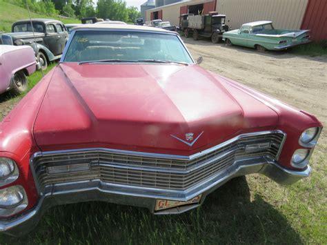Lot Cadillac Deville Convertible