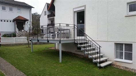 anbaubalkon mit treppe kreativ treppen