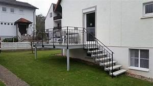 Wickeltisch Mit Treppe : mit treppe fabulous pertura treppen with mit treppe stunning amazing flur mit holztreppe ~ Orissabook.com Haus und Dekorationen