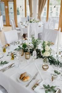 Tisch Deko Hochzeit : mediterrane greenery hochzeit mit vw bulli hochzeitsdeko ~ A.2002-acura-tl-radio.info Haus und Dekorationen