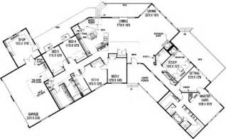 mansion floorplan ranch style house plan 5 beds 3 5 baths 3821 sq ft plan