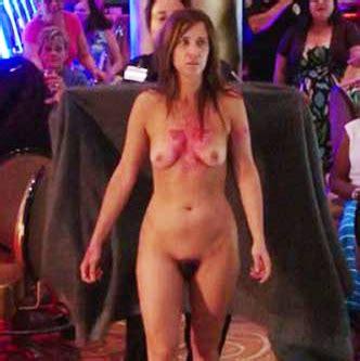 Kristen nackt Wiig Kristen Wiig