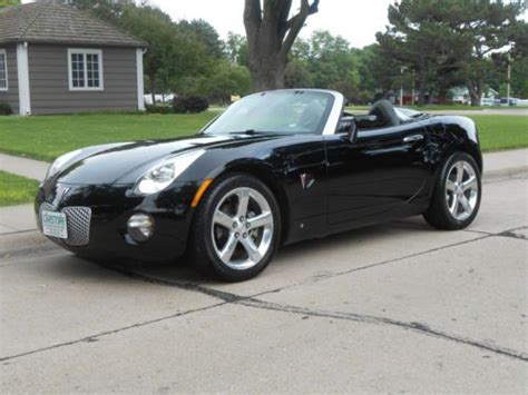 Pontiac Solstice Interior by Find Used 2006 Pontiac Solstice Convertible Leather