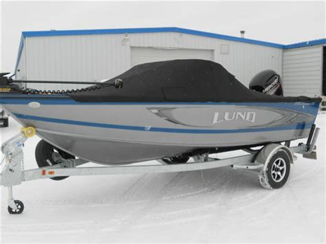 Lund Boats Premium Travel Cover by 187 Lund Fish And Sport
