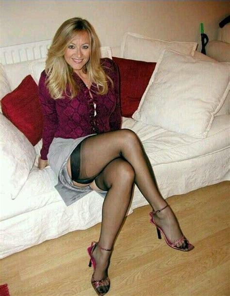 Pin Van William Lipscomb Op Legs In Vrouw Oudere Vrouwen En Mooie Benen
