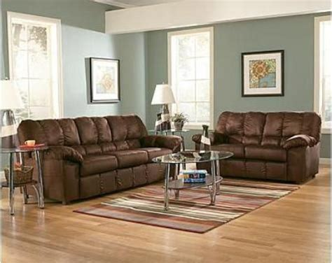 colours that go with brown sofa brown color sofa wall colors with brown sofa top 25 best