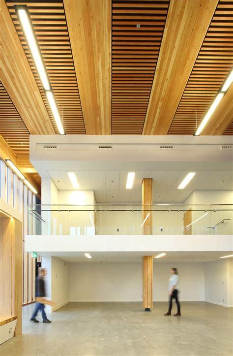 innovative detail wood innovation  design centre