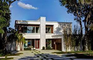Green Luxury Homes on the Market