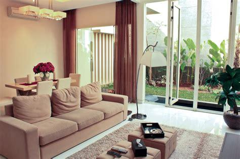 contoh ruang keluarga  cantik rumah taman cantik blog