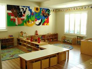 25+ best ideas about Montessori classroom layout on ...