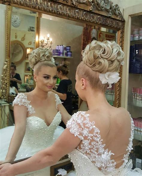 44 Wedding Hairstyles Goals to Make a Mark With The Greek