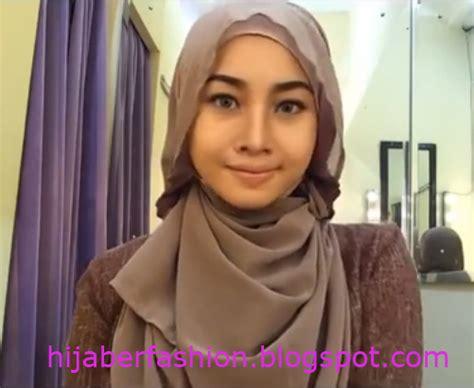 memakai jilbab   trend tutorial hijab