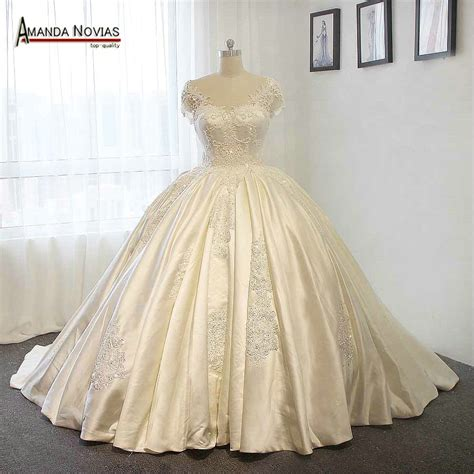 Stunning Satin Wedding Dress Big Ball Gown Wedding Dresses