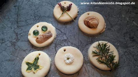 ideen mit salzteig kitaideenkiste kreatives gestalten mit salzteig und naturmaterial kreatives gestalten