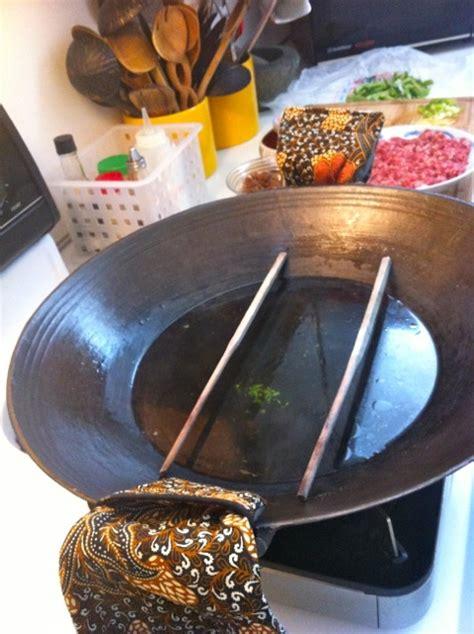wok  ways steam meatloaf fry  boil wok star eleanor hoh
