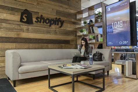 location bureau montreal an exclusive look inside shopify s cool montreal office