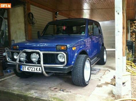 Blue Custom Lada Niva