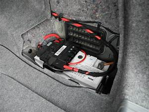 Batterie Bmw 320d : wo ist die batterie beim bmw e91 ~ Medecine-chirurgie-esthetiques.com Avis de Voitures
