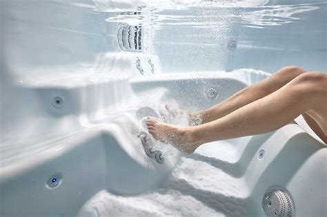 How Do Tub Jets Work by What S Important To About Tub Seats Caldera Spas