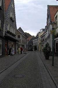 Auto City Essen : street in essen germany picture of essen north rhine westphalia tripadvisor ~ Eleganceandgraceweddings.com Haus und Dekorationen