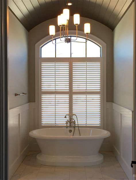 Bathroom Light Fixtures Chandeliers