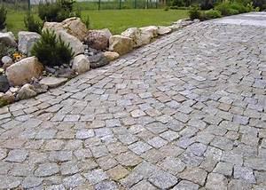Pflastersteine Muster Bilder : granit pflastersteine gespalten naturstein ~ Frokenaadalensverden.com Haus und Dekorationen