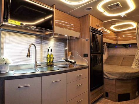 winnebago navion    mercedes turbo