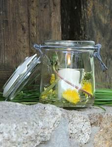 Kerzen Im Weckglas : windlicht aus einem einmachglas l sst sich in windeseile ein h bsches windlicht zaubern alles ~ Frokenaadalensverden.com Haus und Dekorationen