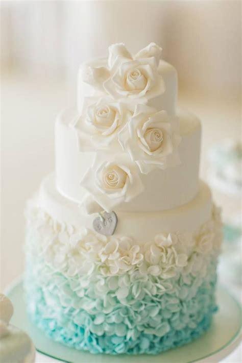 pretty ombre wedding cake ideas