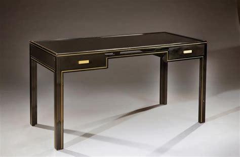 bureau verre metal vandel bureau en métal laqué noir et laiton à