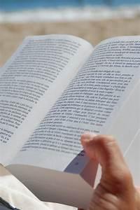 Images gratuites l39ecriture main lis en train de lire for Images gratuites documents