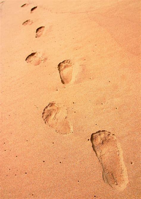 夏日风情图片-自然风景图 沙滩 足迹 脚印,自然风景,夏日风情