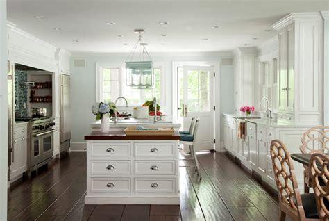 blue  white kitchen cottage kitchen amanda nisbet