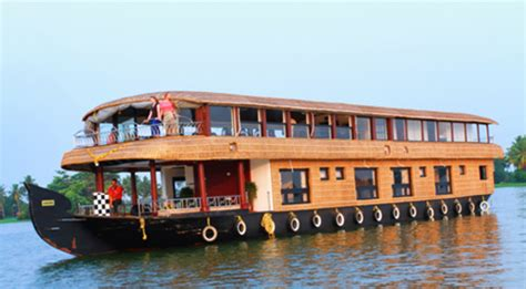 House Boat Alapuzha by Boat House Clipart Alapuzha Pencil And In Color Boat