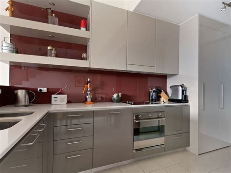 polyurethane paint for kitchen cabinets mudgeeraba kitchen grey polyurethane cabinets burgundy 7520