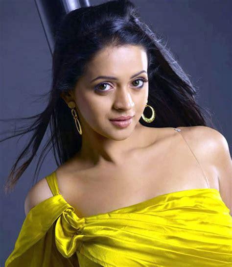 Amazing Actress 4 U Bhavana Hot Images