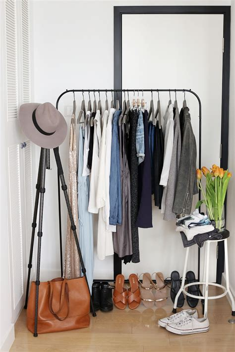 display  capsule wardrobe